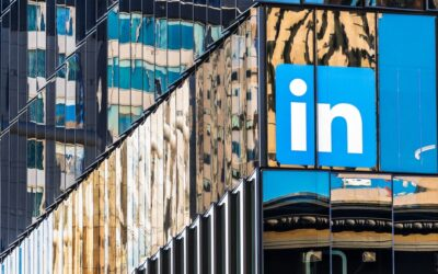 LinkedIn's Exit From China Cuts Another East-West Bridge